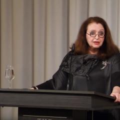 Photo of Liliane Weisberg during her speech